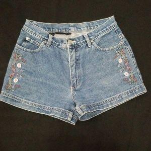 Embroidered VTG Jean Shorts